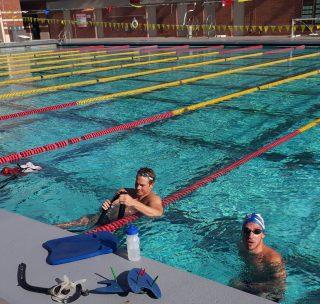 Andrés entrenando al lado de Morosov, nadador ruso y medallista olímpico. (2)